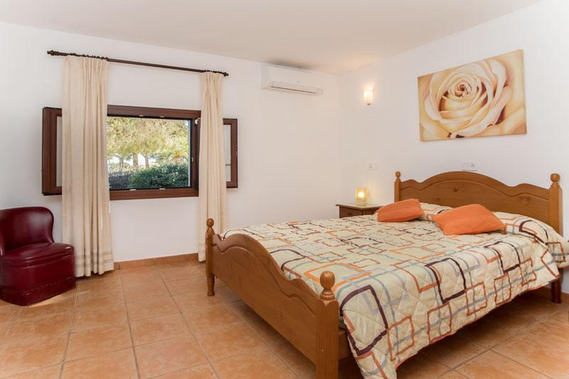 Schlafzimmer Ferienfinca Mallorca Südosten PM 6090