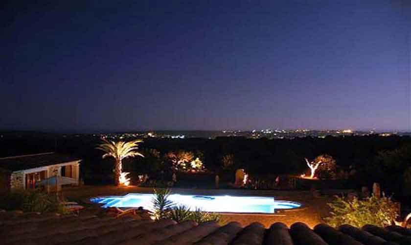 Blick auf die Finca am Abend Finca Mallorca Ostküste PM 630