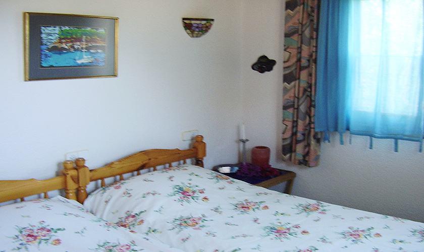 Schlafzimmer Ferienhaus Mallorca Cala Santanyi 2 Personen PM 647