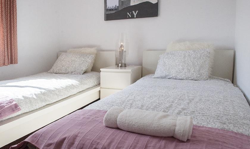 Schlafzimmer Ferienvilla Mallorca 8 Personen PM 6522