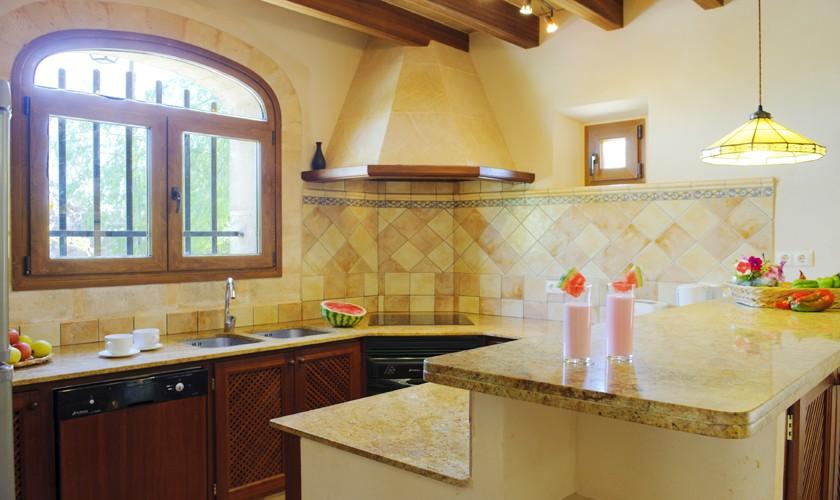 Küche Finca Mallorca 14 Personen PM 6525