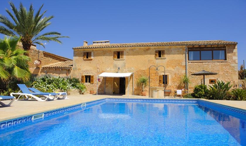 Pool und große Finca Mallorca Südosen PM 6525
