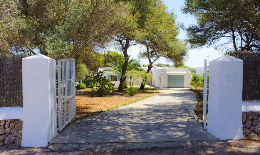 Einfahrt Ferienhaus Mallorca Südosten PM 6529