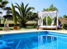 Pool und Chill-Bett Finca Mallorca Südosten PM 652