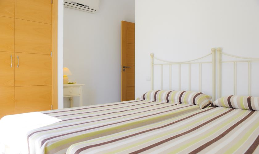 Schlafzimmer Ferienvilla Mallorca Cala d´ Or PM 6531