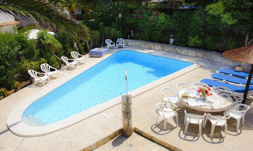 Blick von oben auf den Pool Ferienhaus Mallorca Südosten 10 Personen PM 6533