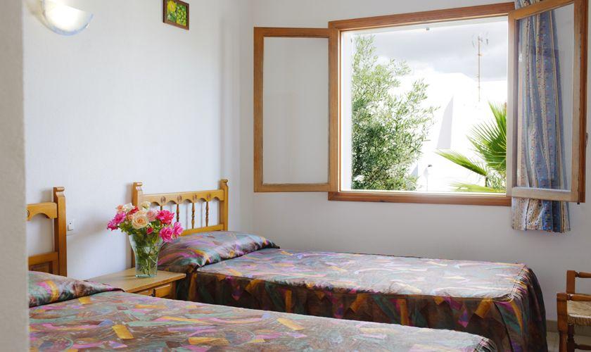 Zweibettzimmer Poolvilla Preiswert 10 Personen Cala Dor PM 6533