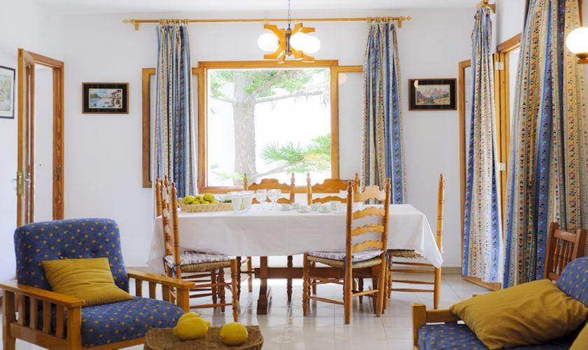 Wohnbereich Ferienhaus mit Pool Preisgünstig PM 6533