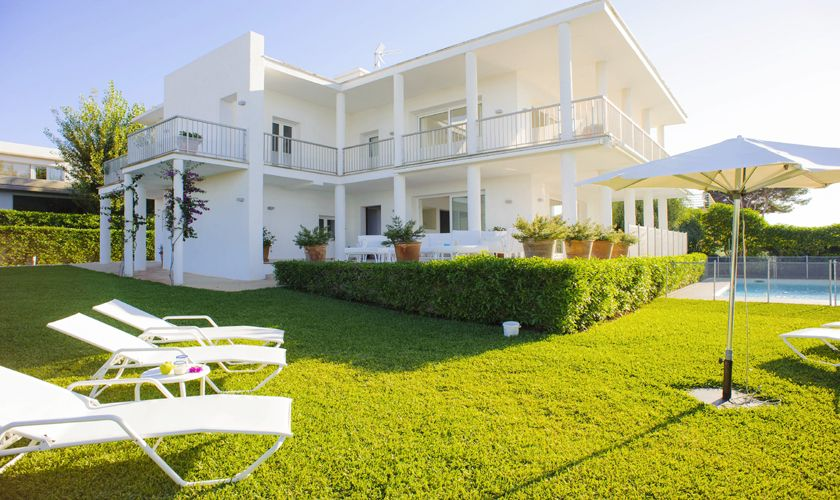 Blick auf die Villa Mallorca mit Meerblick PM 6534