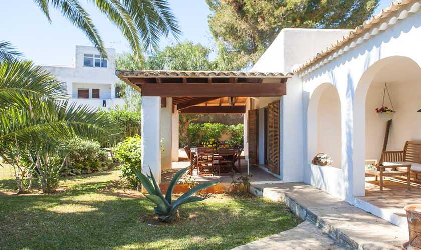 Terrasse und Garten Ferienvilla Mallorca Cala d´Or PM 6535