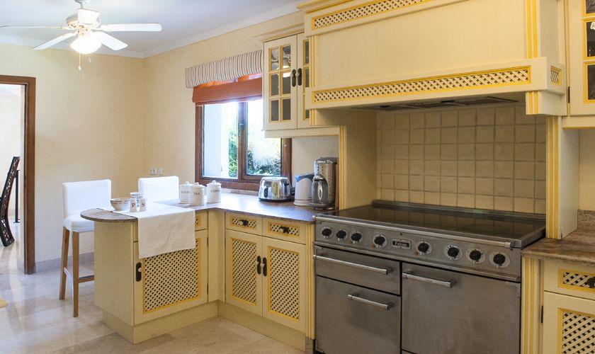 Küche Ferienvilla mit Meerblick Mallorca PM 6536