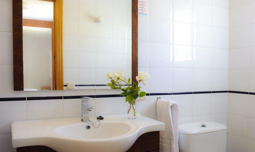 Badezimmer Ferienhaus Mallorca Cala d`Or PM 6538