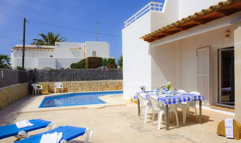 Terrasse und Pool Ferienhaus Mallorca Cala d`Or PM 6538