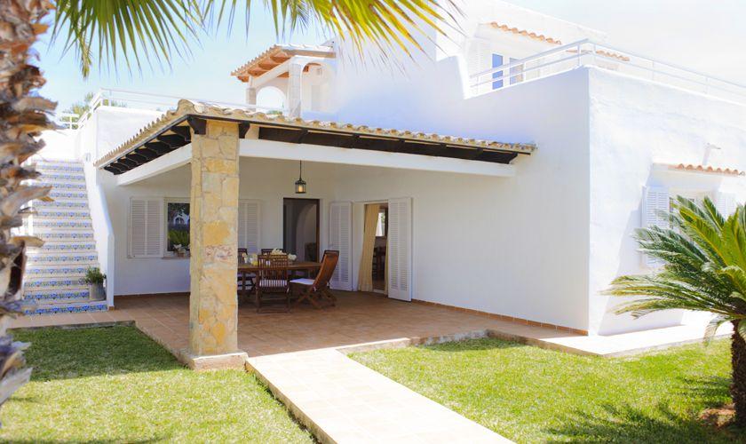 Terrasse und Rasen Ferienhaus Mallorca Cala d`Or PM 6538