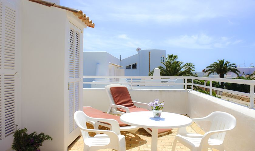 Terrasse oben Ferienhaus Mallorca Cala d`Or PM 6538