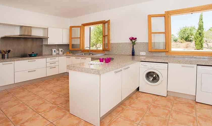Küche Finca Mallorca Südosten PM 6547