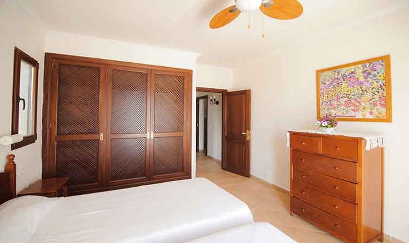 Schlafzimmer Finca Mallorca Südosten PM 6548