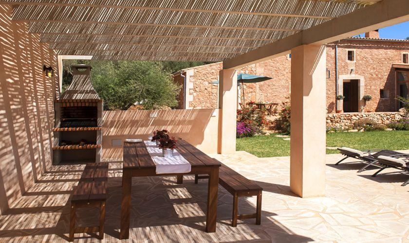 Terrasse und Grillplatz Finca Mallorca Südosten PM 6549