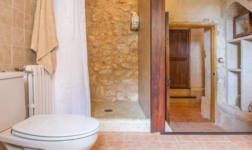 Badezimmer Finca Mallorca für 10 Personen PM 6550