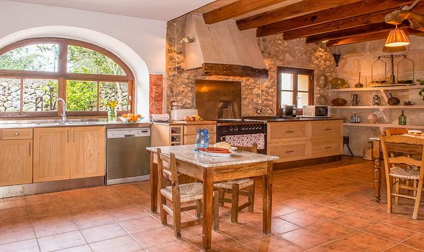 Küche Finca Mallorca für 10 Personen PM 6550