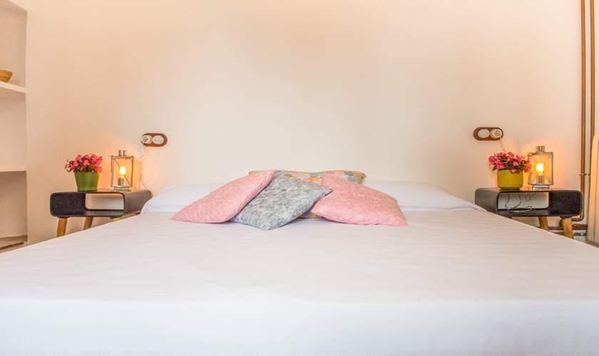 Schlafzimmer Finca Mallorca für 10 Personen PM 6550