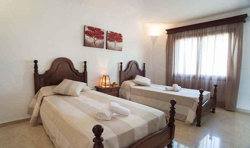 Schlafzimmer Ferienhaus Mallorca Südosten PM 6554