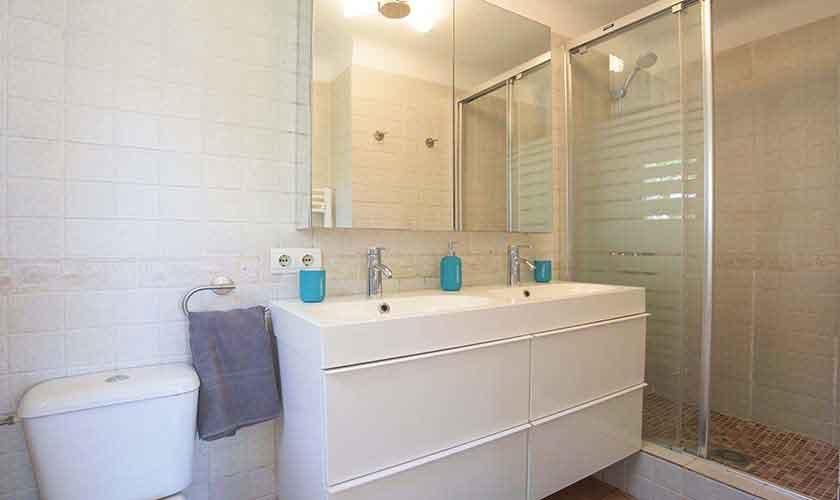 Badezimmer Ferienhaus Mallorca 8 Personen PM 6592