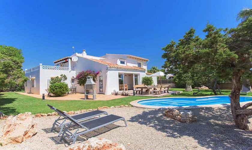 Pool und Garten Ferienvilla Mallorca 8 Personen PM 6592