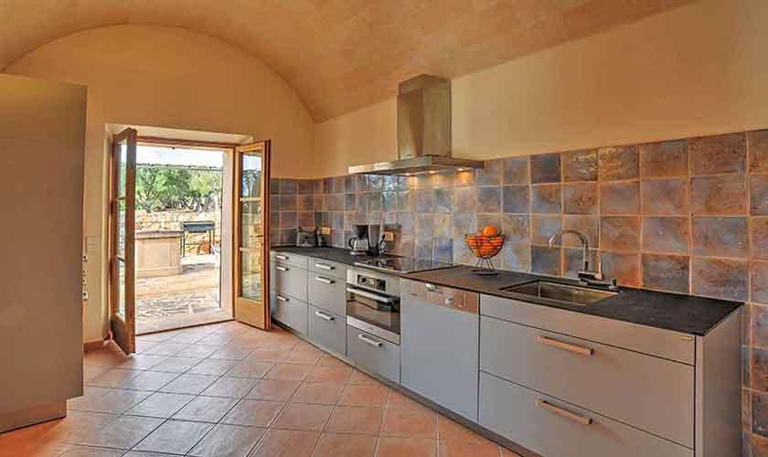 Küche Finca Mallorca Süden PM 6594