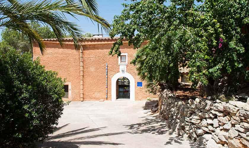 Blick auf die typische Finca Mallorca Südosten PM 6595
