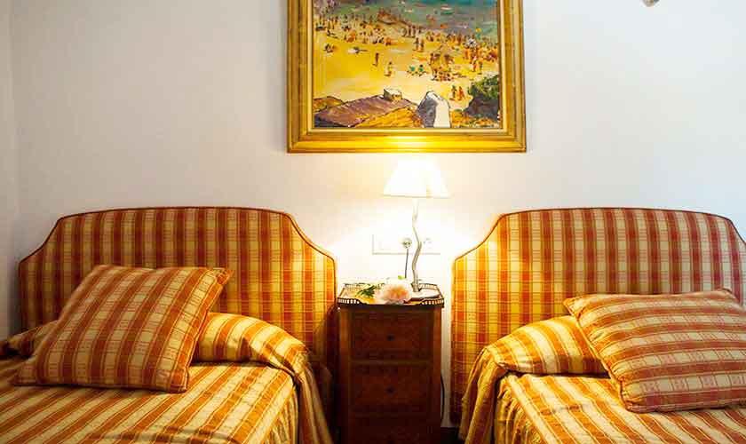 Schlafzimmer Ferienhaus Mallorca 9 Personen PM 6595