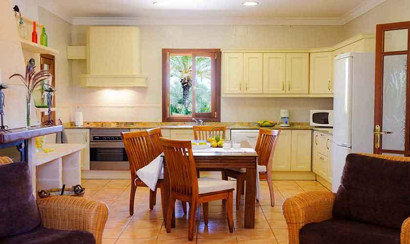 Küche Finca Mallorca Ostküste PM 6596