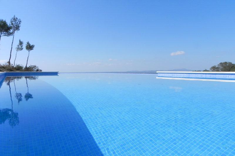Poolblick Moderne Finca Mallorca für 8-10 Personen bei Felanitx PM 678