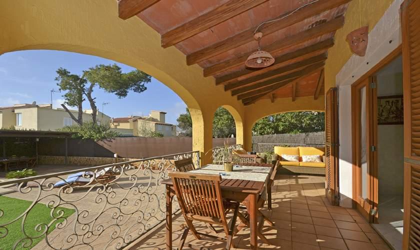 Überdachte Terrasse Ferienhaus Mallorca PM 6940