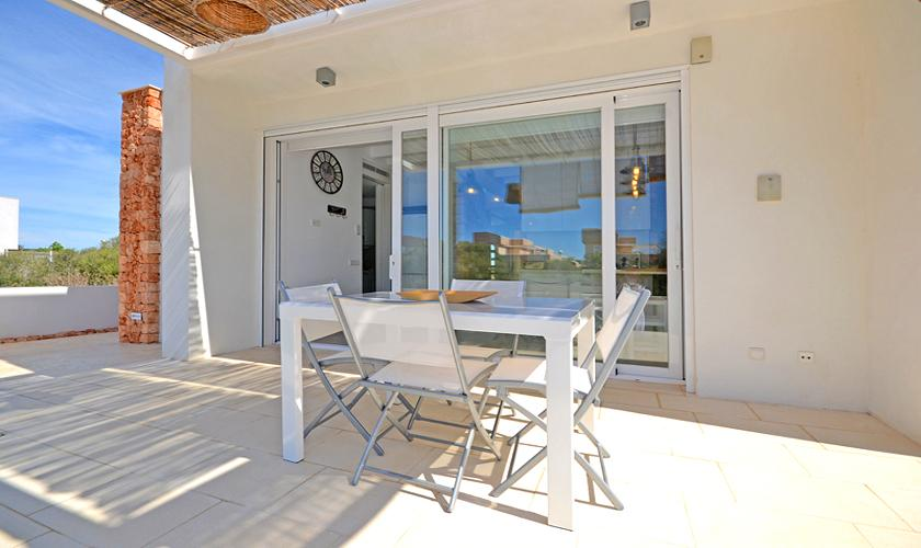 Terrasse Ferienhaus Mallorca bei Ses Covetes PM 6960