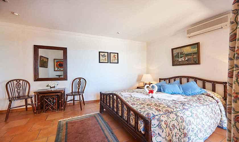 Schlafzimmer Ferienhaus Mallorca Westküste PM 103 Nr. 70C