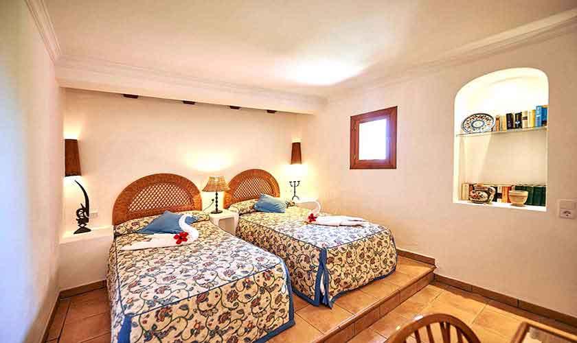Schlafzimmer Ferienhaus Mallorca Westküste PM 103 Nr. 70b