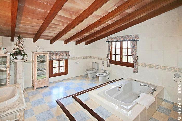 Badezimmer Finca Mallorca mit Pool im Südwesten für 6 Personen PM 120