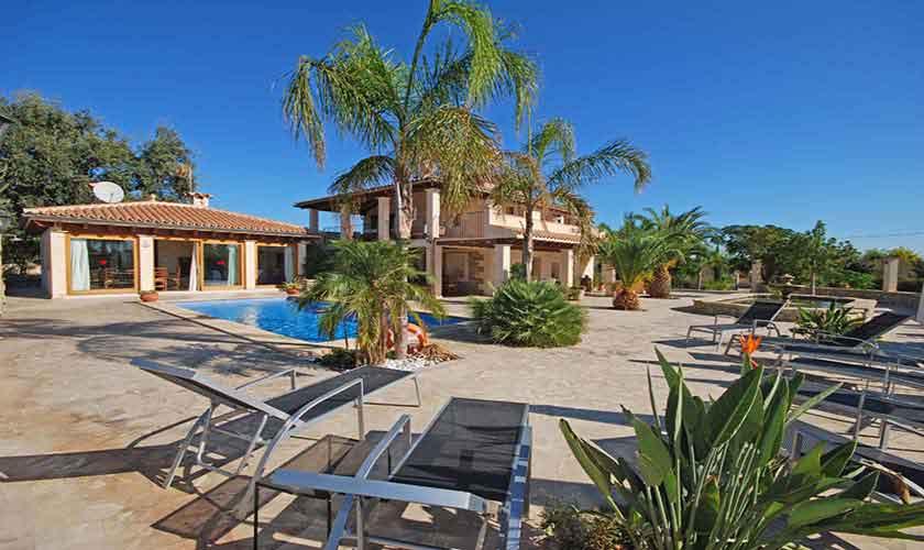 Terrasse und Ferienvilla Mallorca PM 3024