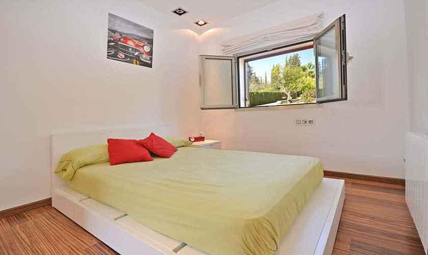 Schlafzimmer Modernes Ferienhaus Mallorca PM 3027