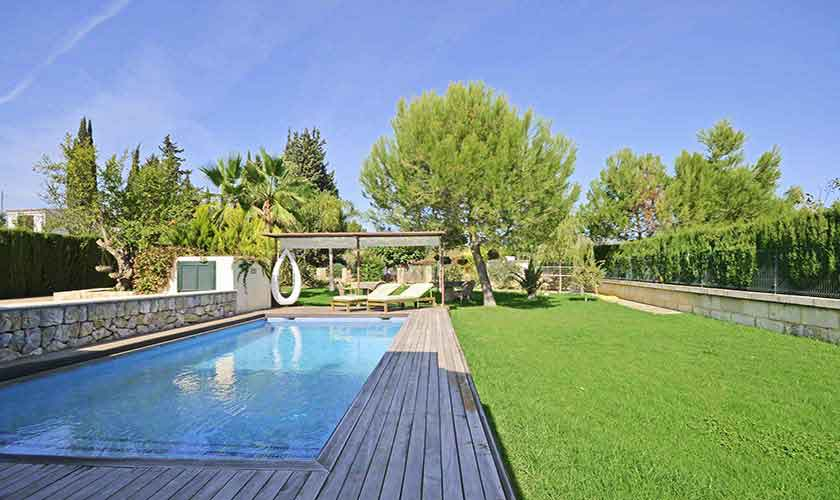 Pool und Rasen Ferienhaus Mallorca PM 3027