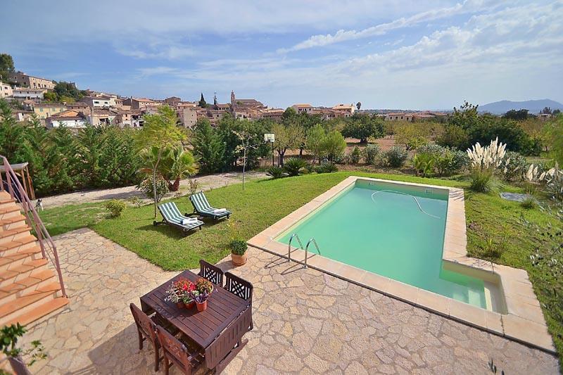 Pool und Landschaft Finca Mallorca PM 3135 für 6 Personen