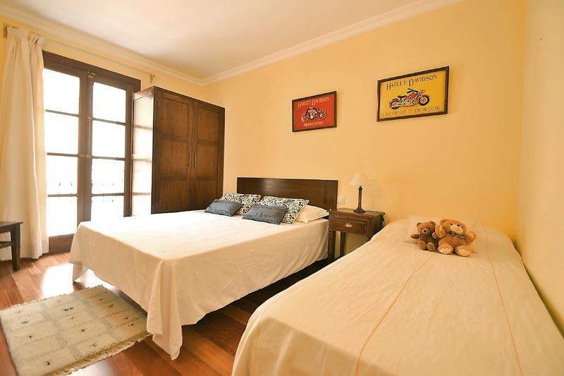 Schlafzimmer 3 Finca Mallorca mit Pool PM 3135 für 6 Personen in Caimari