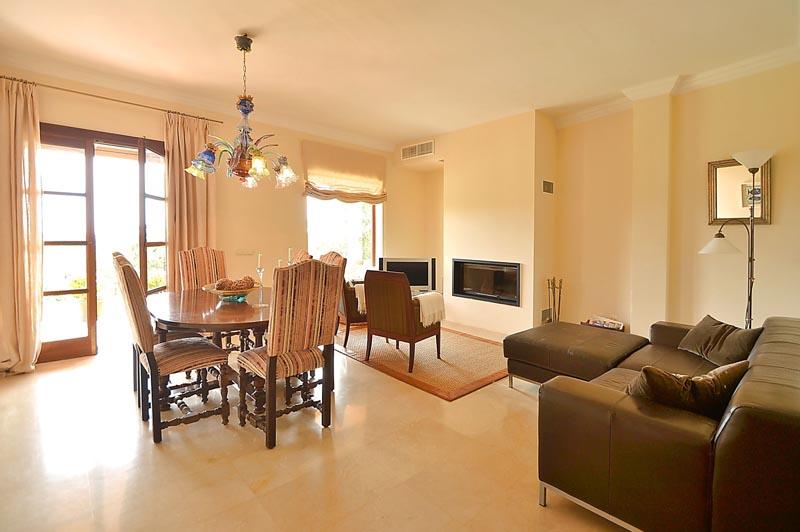 Wohnraum Finca Mallorca mit Pool PM 3135 für 6 Personen in Caimari