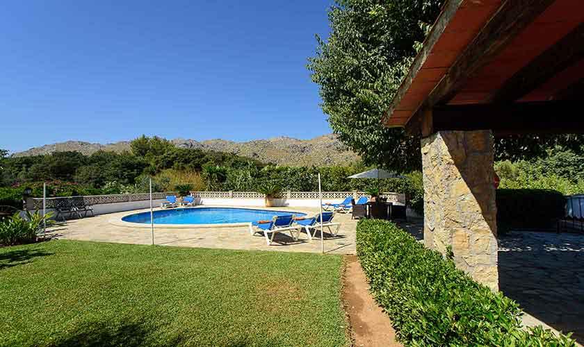 Pool und Rasen Mallorca 6 Personen PM 3401