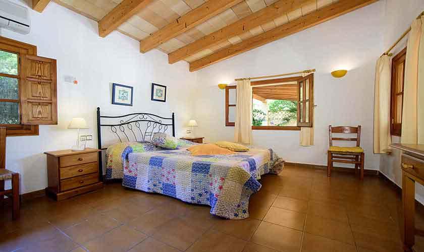 Schlafzimmer Finca Mallorca Nordküste PM 3402