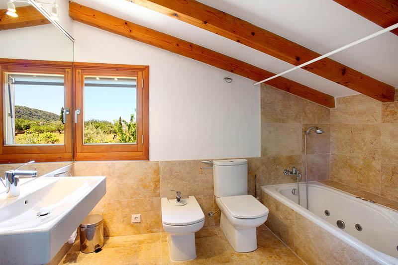 Bad der Finca  Mallorca Norden PM 3406