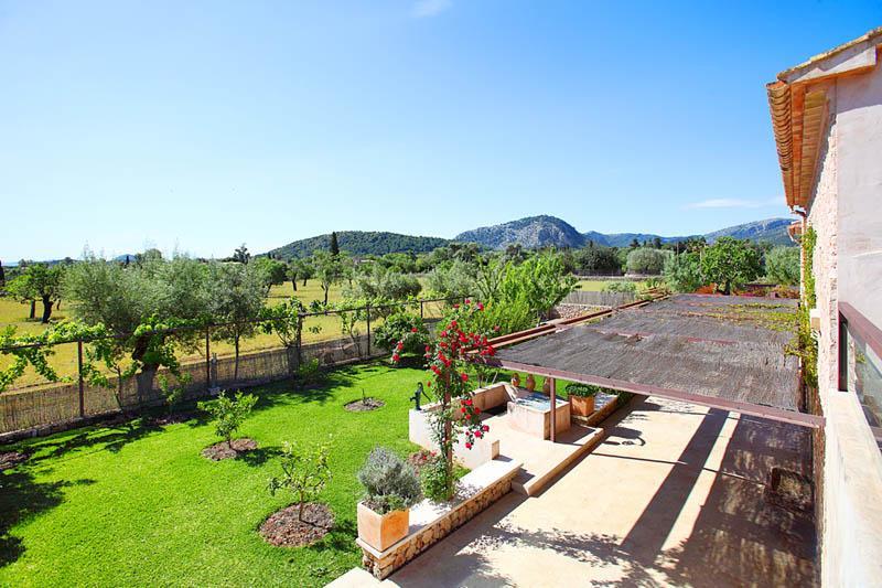Blick von der exklusiven Ferienfinca Mallorca Norden PM 3406