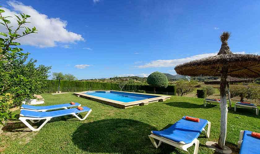 Pool und Rasen Mallorca 6 Personen PM 3419