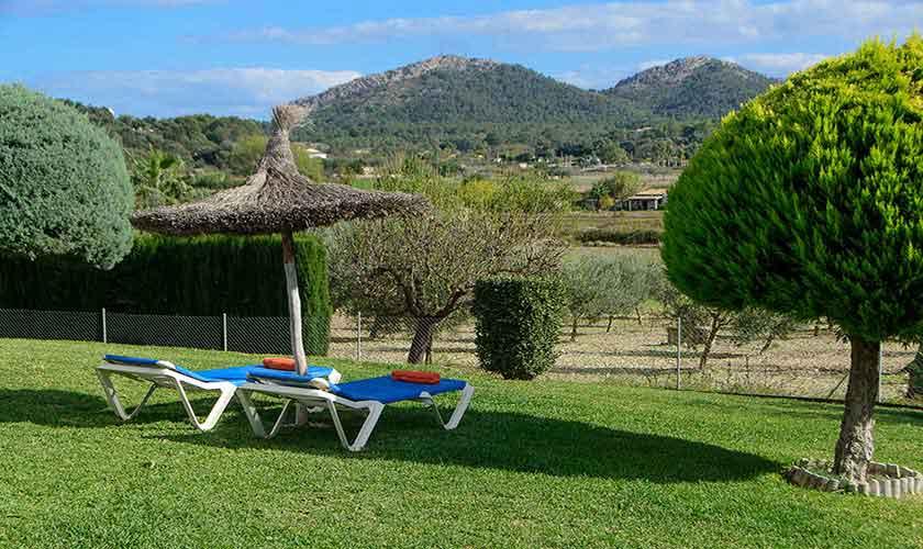 Wiese Finca Mallorca 6 Personen PM 3419
